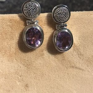 Sterling silver and amethyst earring